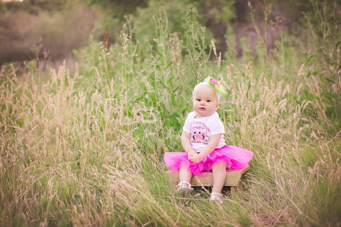 Child photographer Los Jilgueros Preserve in Fallbrook, CA