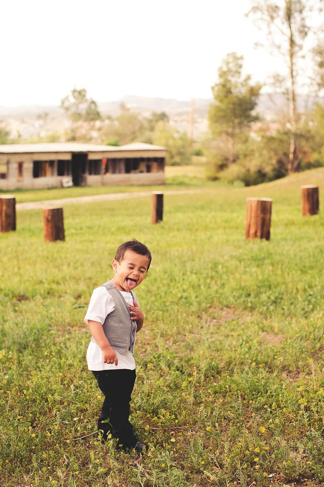 family photographer murrieta wine field