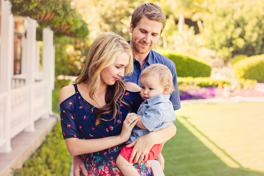 family photographer at the Grand Tradition in Fallbrook, CA