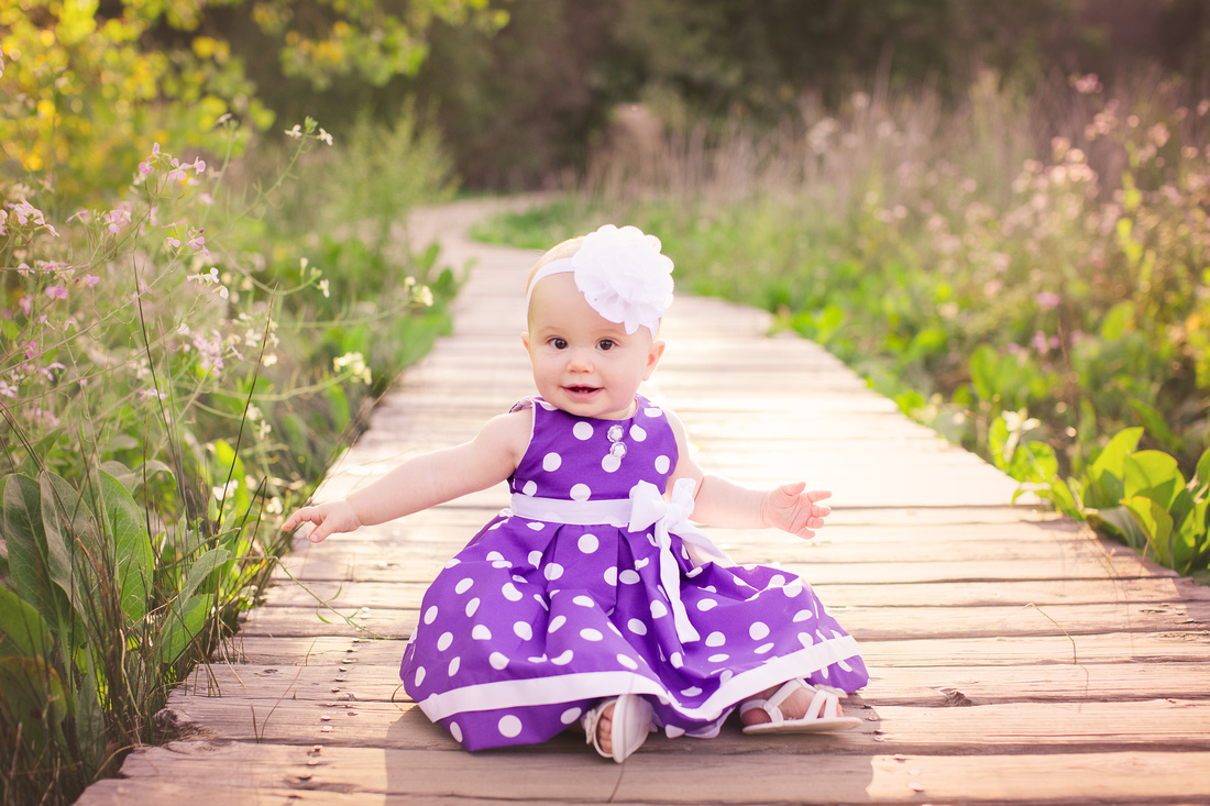 Child photographer Los Jilgueros Preserve in Fallbrook, CA