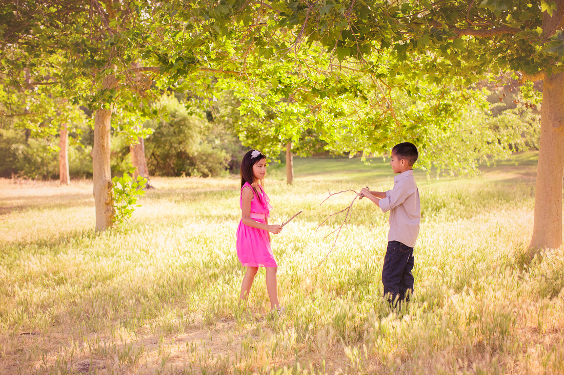 Family photographer at Glen Arbor Park in Murrieta CA